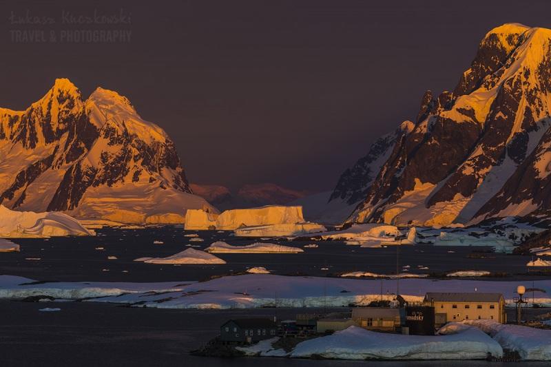 _M4_1018-antarktyda-zachod-gory