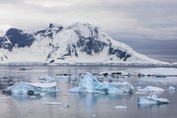 _M4_8552-antarktyda-krajobraz-gory-lod