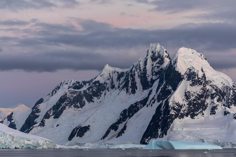 _M4_0132-Antarktyda-gory-wschod
