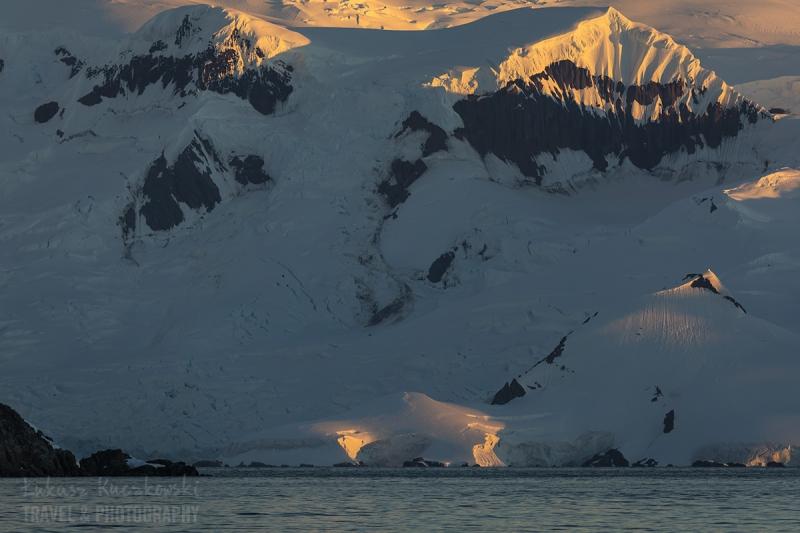 _M4_2750-antarktyda-zachod-gory